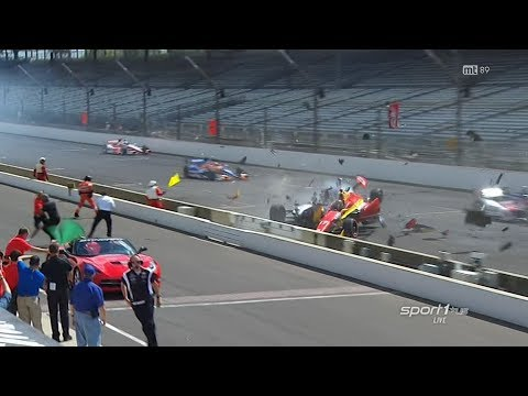 Huge Start Crash 2014 IndyCar Grand Prix of Indianapolis