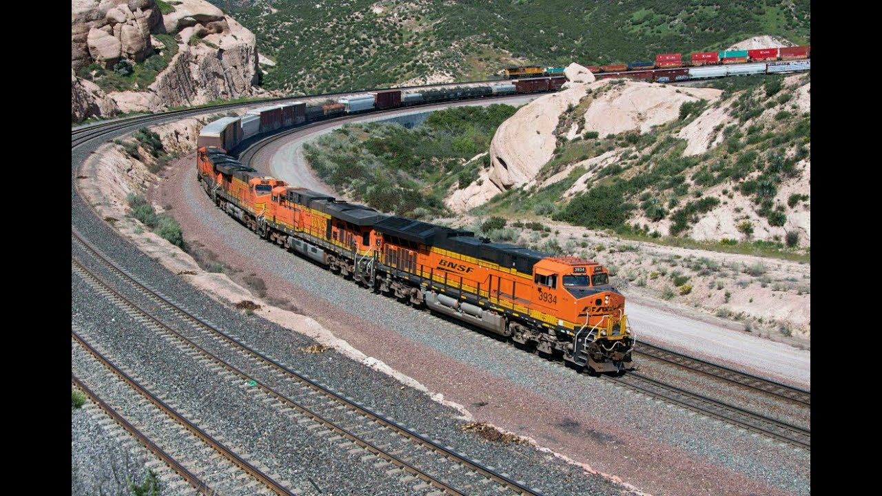 Bnsf And Union Pacific Trains On Cajon Pass Youtube
