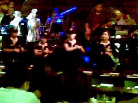 Tawandang Singapore staff dance noom bao sao parn