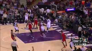 Derrick Williams Brings a Duo of Damaging Dunks on the Wizards