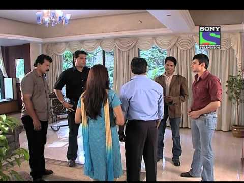CID - Episode 562 - Waqt Bataega Khooni Kaun thumbnail