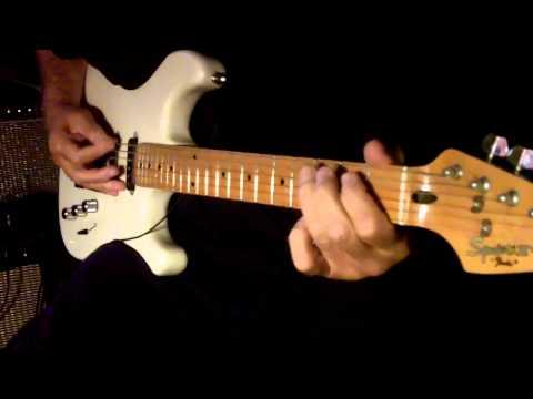 Gulabi Aankhen On Guitar. Must Use Headphones For Better Sound.