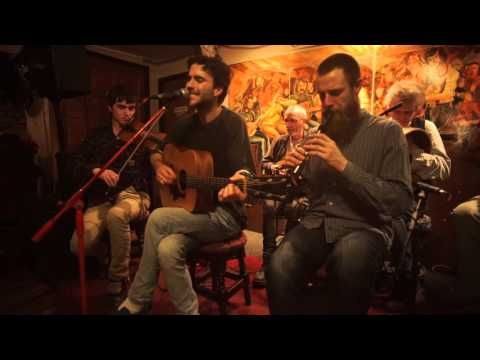 The Living Stream - 'Don't Give In' - Live from Brogan's Music Bar, Galway.