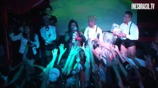 Cabaret da Inês - Fãs ganham camisetas oficiais e bebem água de Jesus @ Espaço Acústica (02/08/2014)