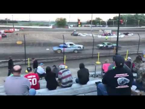 Sycamore Speedway Street Stock (heat race #1) 6-25-17