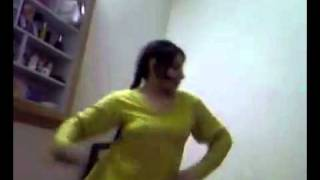 Repeat youtube video Girls Hostel Room Dance of Lollywood song home made vdieo