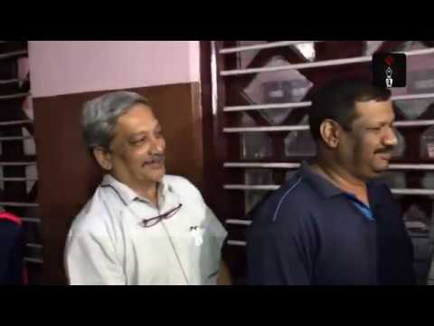 Defence Minister Manohar Parrikar Casts His Vote In Panaji, Goa