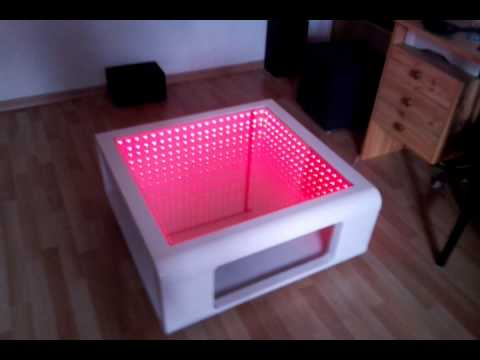 couchtisch mit infinity mirror unendlicher spiegel youtube. Black Bedroom Furniture Sets. Home Design Ideas