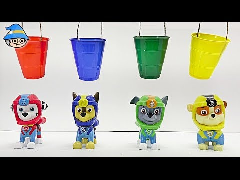 Paw Patrol is learning color. Colored bucket and run away from the white monster.