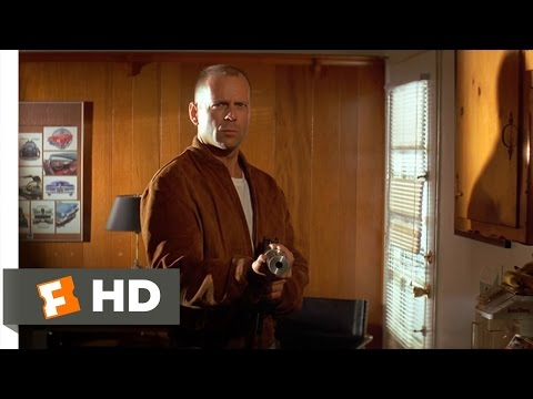 Pulp Fiction (8/12) Movie CLIP - Butch Meets Vincent (1994)