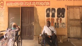 GLOBALink | Ghanaian man with disability blazing trails in shoemaking