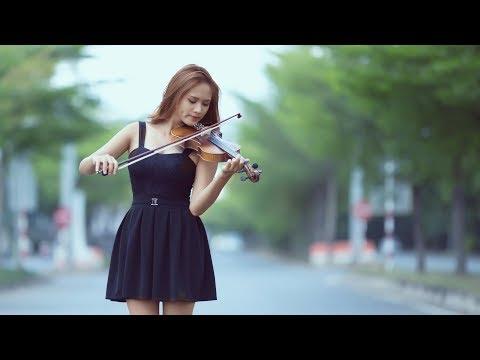 Serenade In Blue! (Vic Damone) (Lyrics)  Super Romantic 4K Music Video Album!