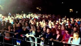 """Паола - Цветы на асфальте (Live) (Кекс ФМ. """"Арена Балашиха"""".)"""
