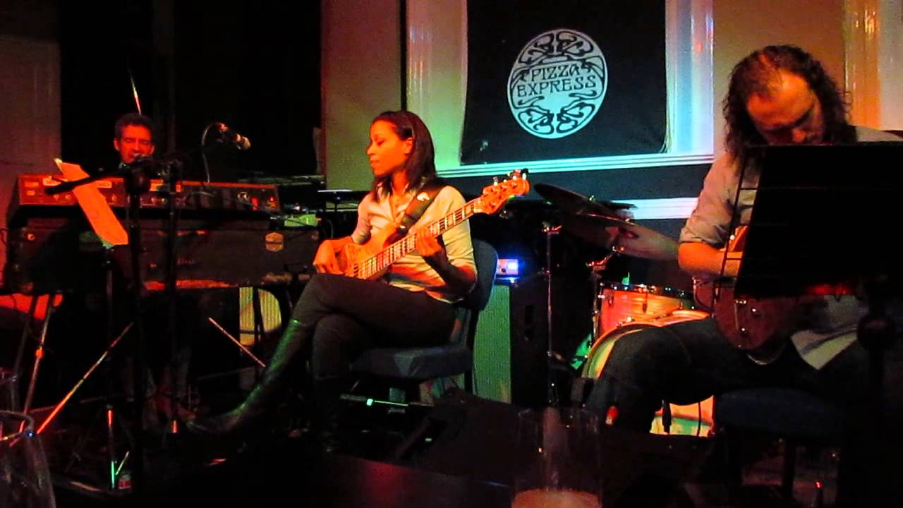 Mike Lindup Friends The Spirit Is Free Live At Pizza Express Live Maidstone Youtube