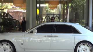 Albert Pujols Picks Up Edwin Encarnacion In Rolls Royce Ghost -- iFolloSports.com