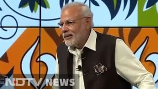 Hope your work helps the poor of India: PM Modi at Google office