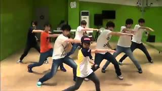 seventeen predebut seventeen dances sings to super junior happiness b2st beautiful