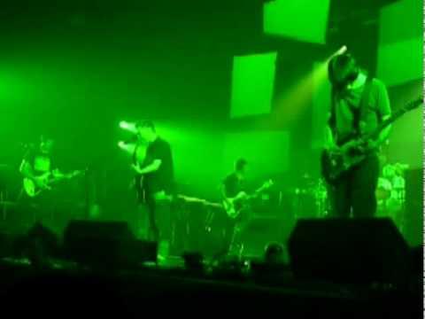 Radiohead 2006-05-06 Spooks (debut, multiangle)