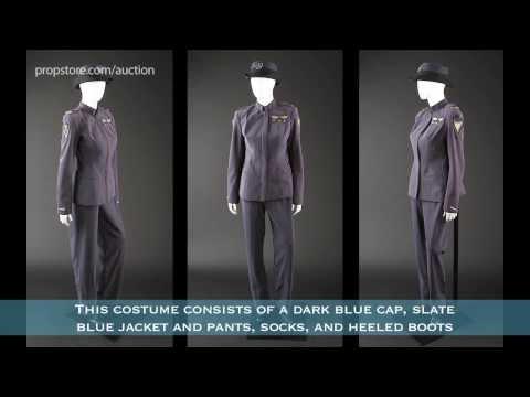 ENDER'S GAME - Lot 84 - Major Gwen Anderson Viola Davis Dress Uniform