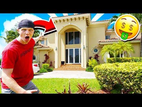 CRAZY MIAMI MANSION YOUTUBER HOUSE TOUR! - YouTube
