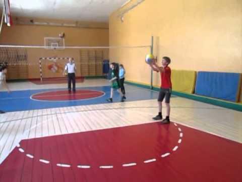 Урок физической культуры в 7 классе