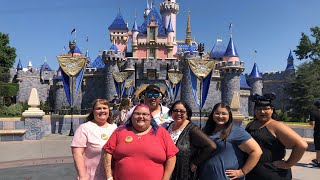 We went to the happiest place on earth!! (Disneyland, California)