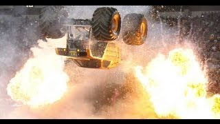 Max Destruction Monster Truck Backflip