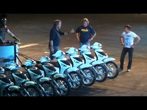 Top Gear Live 2011 - Chariot Racing PT1