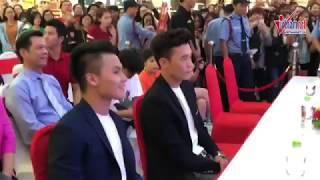 Quang Hải, Bùi Tiến Dũng bảnh bao dự sự kiện