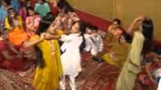 pakistani girl dance hot.3gp
