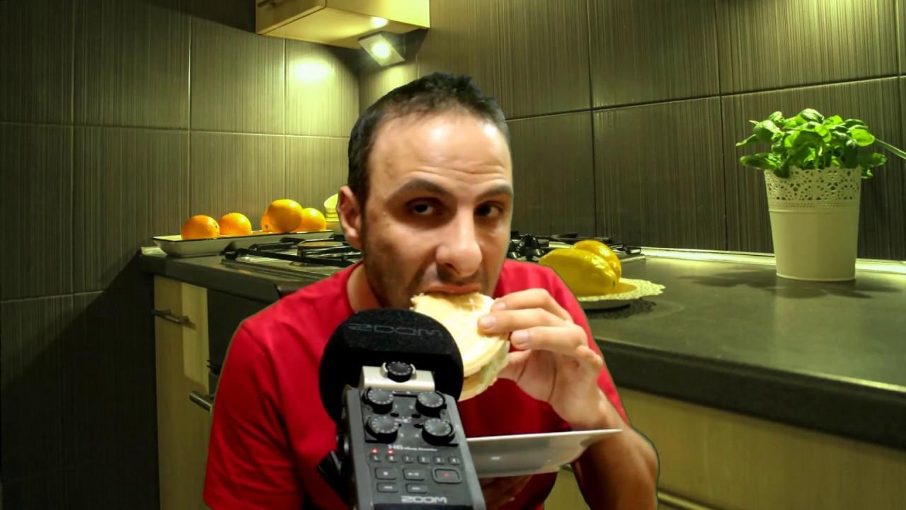 Eating Ice Cream Between Waffles -KAĞIT HELVA ARASI DONDURMA YEDİM(No talking mukbang Asmr)