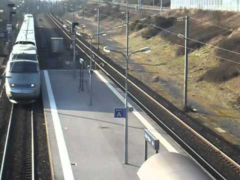 TGV en gare de Calais Frethun