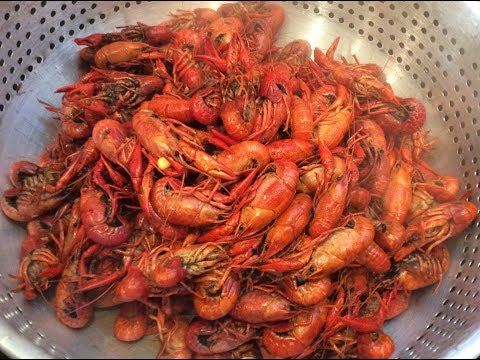 Boil Crawfish On A Budget, Cooked In Kitchen, Cajun Style