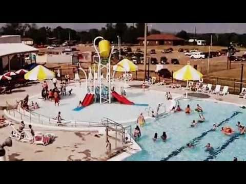 Clarksville Aquatic Center Opens With A Big Splash On The 4th Of July Holiday Youtube