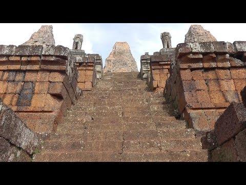 Traveling Cambodia: Angkor Wat