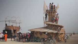 Burning Man : From Build To Burn, East Bay Core