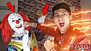 THE FLASH VS PENNYWISE FROM IT MOVIE AT 3AM!! *OMG I HAVE SUPER POWERS*