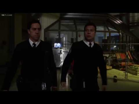 The Flash 3x18 Opening Scene Abra Kadabra Attacks