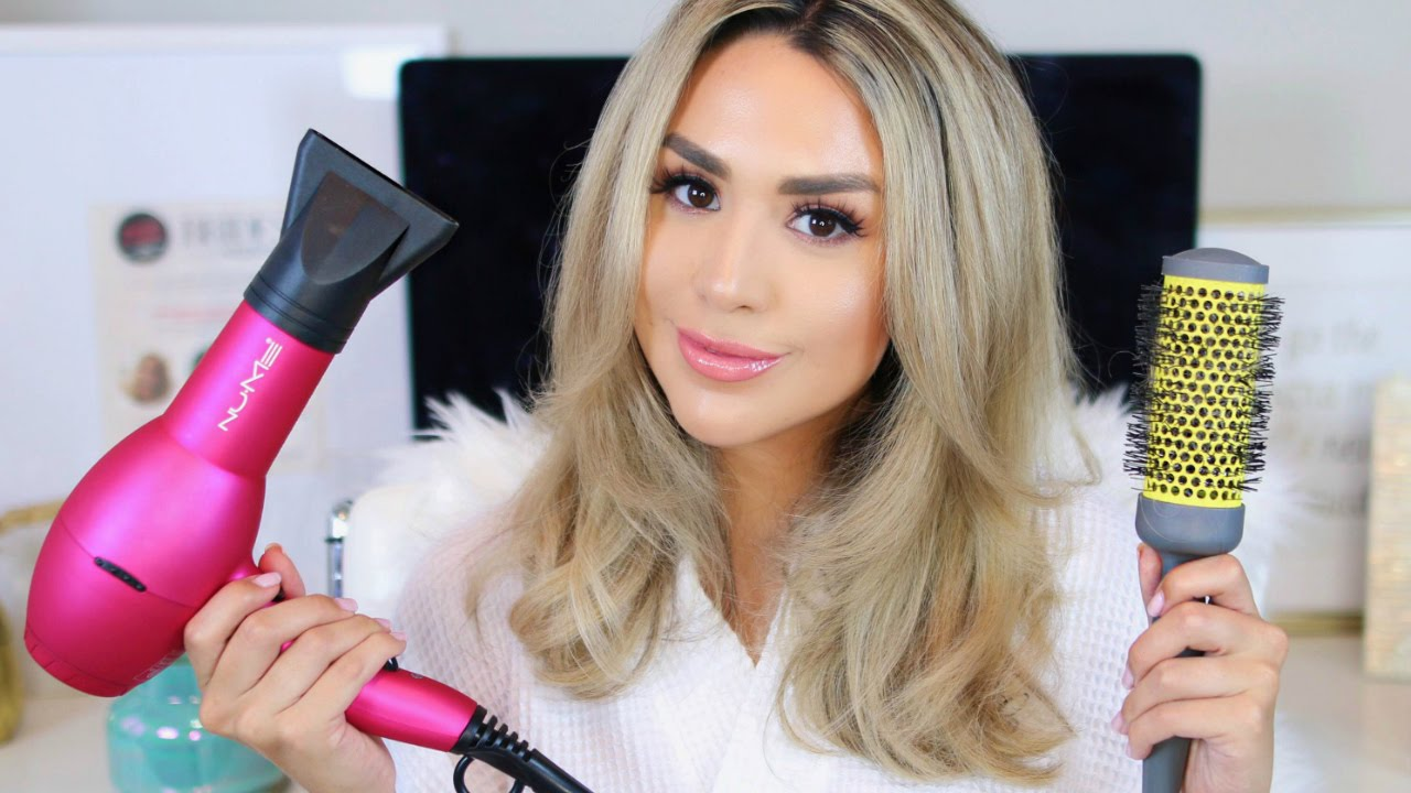How To Blowout Your Long Hair Like A Pro recommend