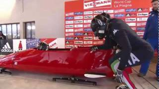 The crash of Italian bobsled without brakes