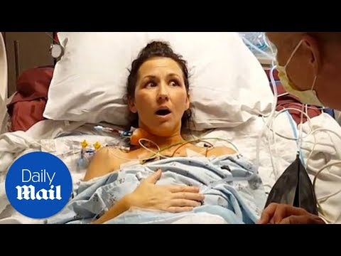 Woman takes first breath after successful lung transplant– Daily Mail