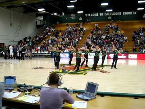 University of Vermont Dance Team .AVI