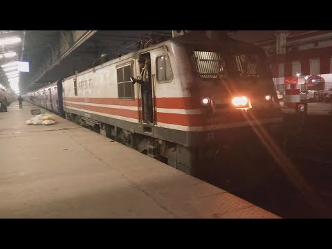 DEPARTURE + CHAIN PULLING and Finally DEPARTING from LUCKNOW(LKO) || 22418 MAHAMANA EXPRESS