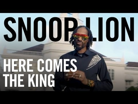 """Snoop Lion ft. Major Lazer & Angela Hunte - """"Here Comes the King"""" (Official Video)"""