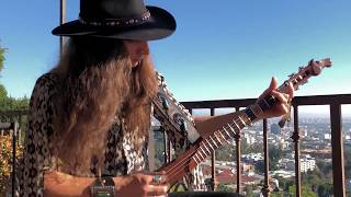 "UNBOXING of Irish Hurley Stick ""Crazy Horse"" Guitar 
