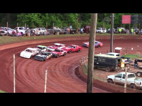 Winder Barrow Speedway Stock Eight Cylinders Feature Race 4/27/19