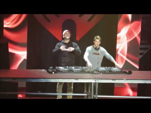 The Chainsmokers Live - All We Know - Closer -...