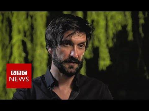 Face to face with 'IS captors' - BBC News