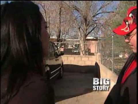 Katrina kaif boob show in boom