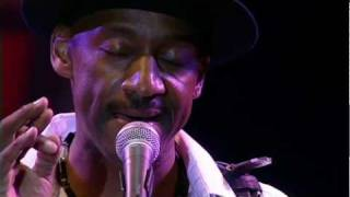 Watch Marcus Miller Silver Rain video